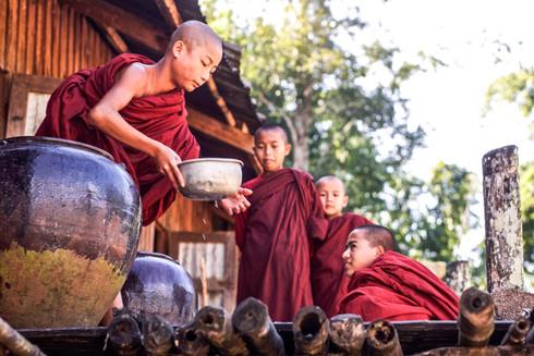 Trek from Kalaw to Inle Lake, Myanmar