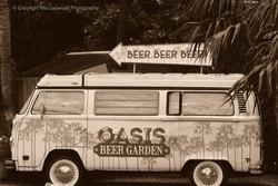 Oasis Caravan B&W