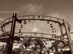 Ferris wheel 3 B&W