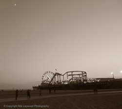 Pier & Sunset 2 B&W