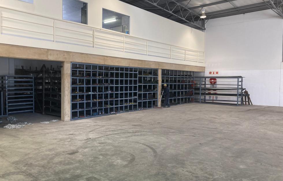 Warehouse-2-bekket.JPG