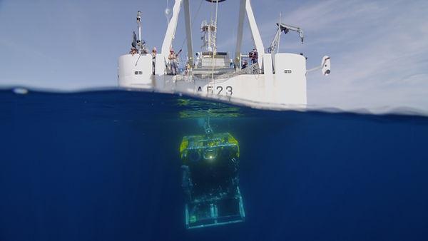 Oceano_Azul_Expedition_ROV_LUSO_deployme