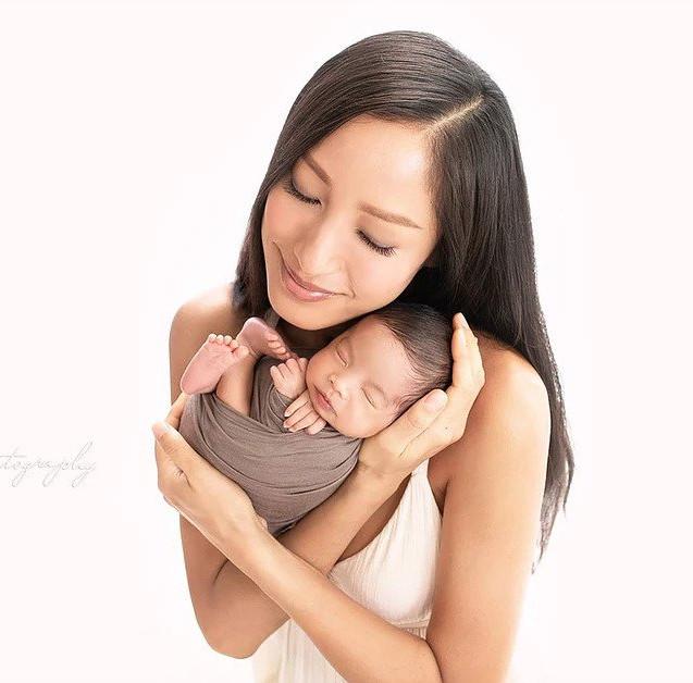 上門為蔣怡小姐拍攝初生嬰兒