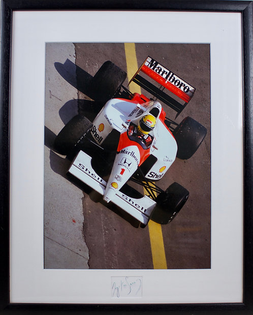 Ayton Senna Signature