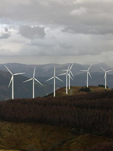 Les éoliennes dans les montagnes