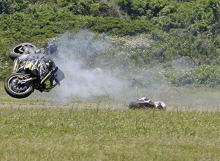 Superbikes thrill in EL
