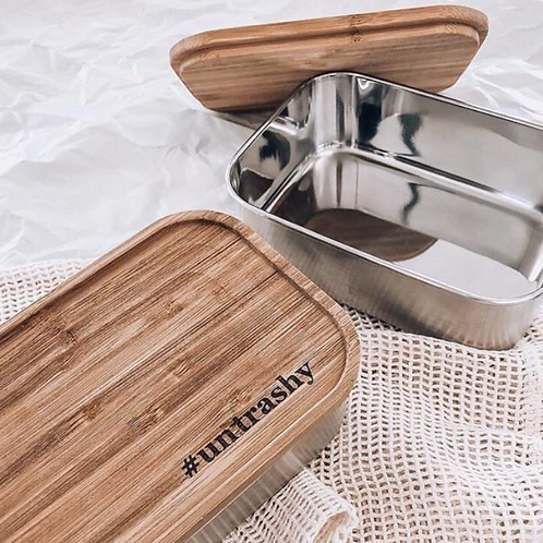Stainless steel bento box with bamboo lid