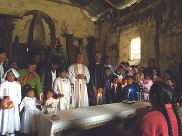 Fr Isaias at Mass in Peru.