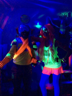 lily-ko et jo-Star party fluo