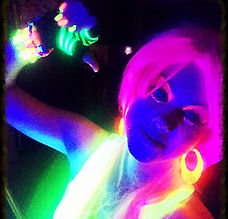 Blacklight, party fluo, néons