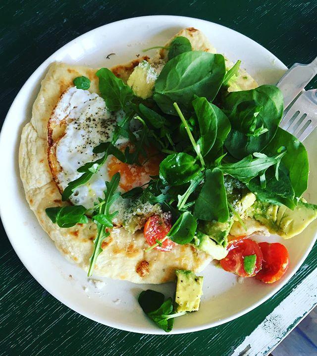 Day off breakfast #homemaderosemarybread #avocadotoast #friedegg