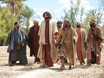 020-lumo-jesus-disciples.jpg