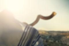 1080_blowing-shofar.jpg