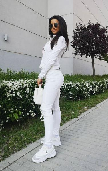Fame Management Велина Караиланска