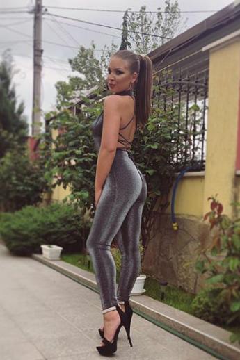 Fame Management Ивона Пандазиева