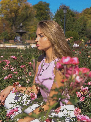 Fame Management Юлия Маноилова