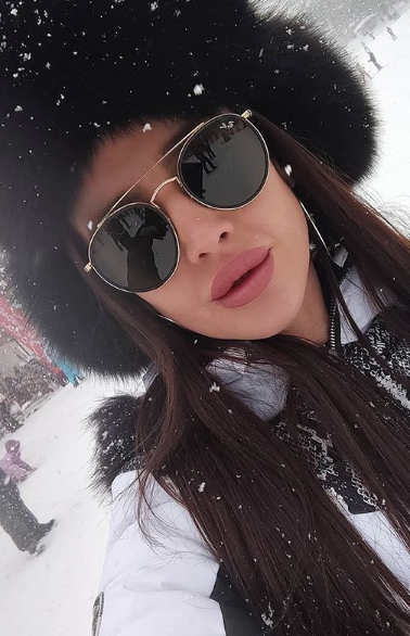 Fame Management Нора Владова