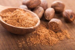 TOP 10 HEALTH BENEFITS OF NUTMEG