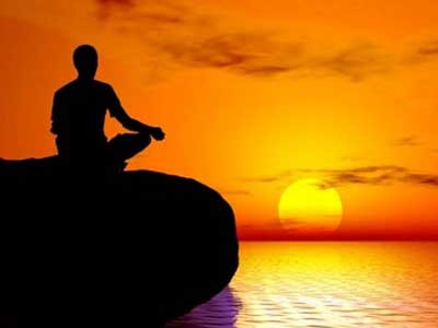 I 7 olii essenziali per la meditazione
