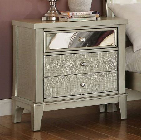 ADELINE NIGHT STAND | CM7282