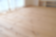 無垢のパイン材を使用したフロア材