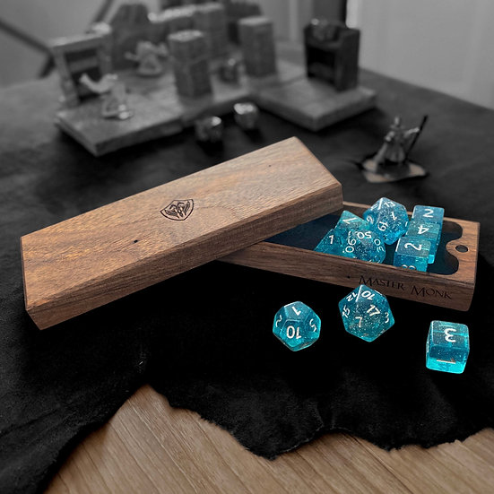 Walnut Dice Box (Nomad's)