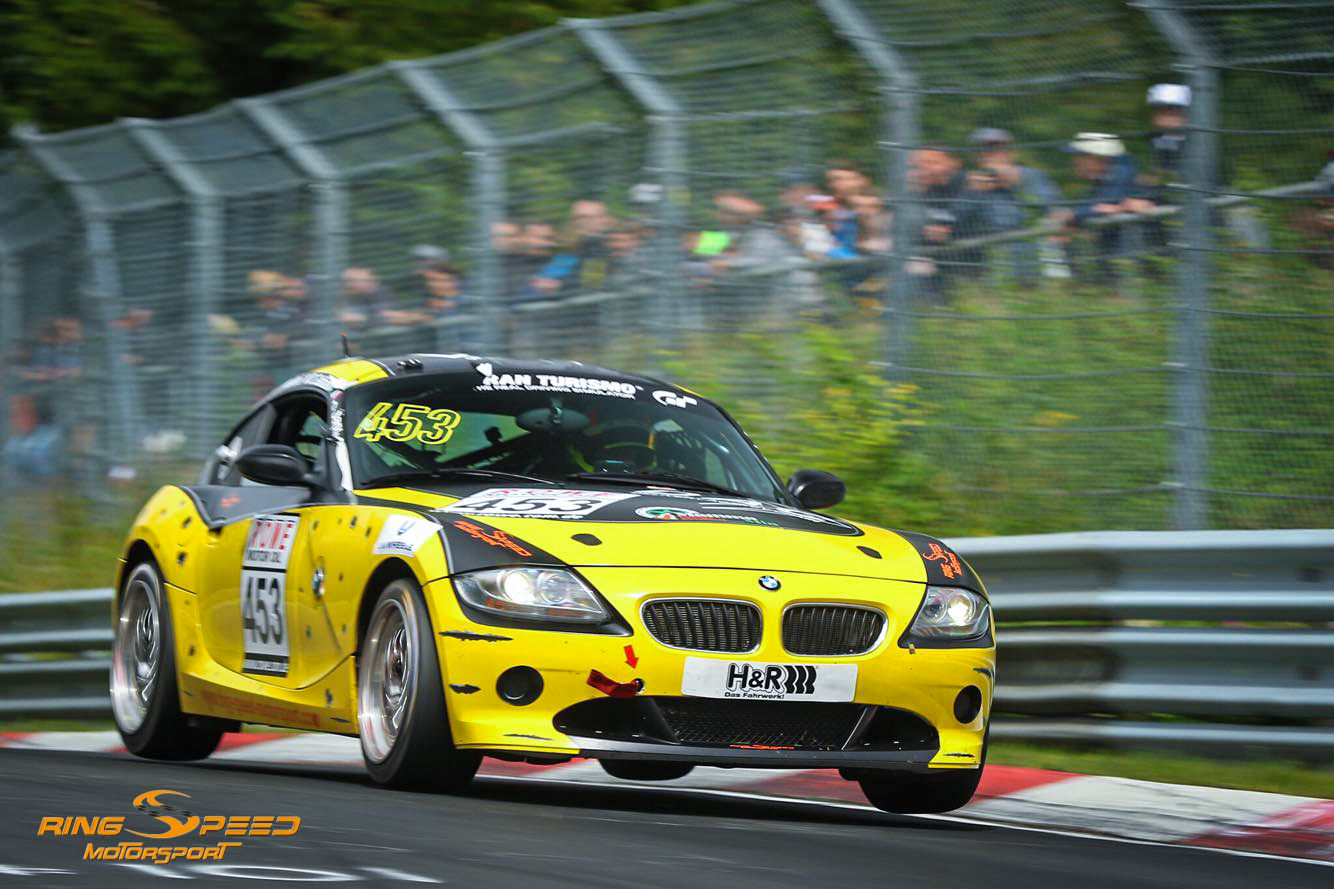 BMW Z4 Race car rent