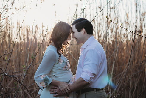 Outdoor Golden Hour Maternity Photography