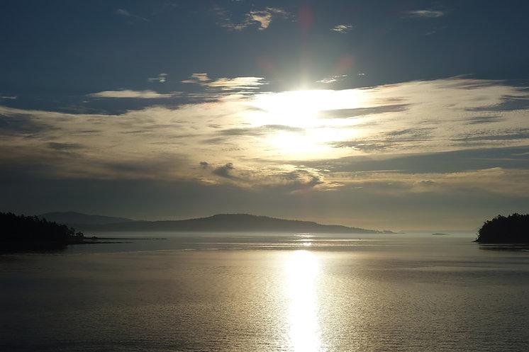 sunrise-2772835_1920.jpg