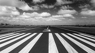 piste-avion-aeroport.jpg