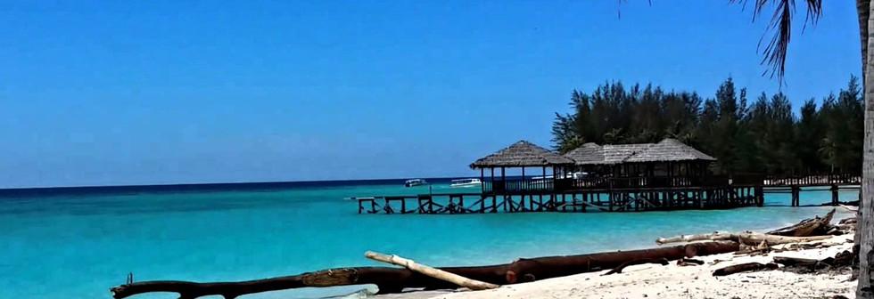 Mantanani Island-cover_edited.jpg