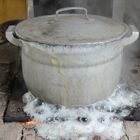 Una olla de fideos desperdiciados/A pot of wasted noodles