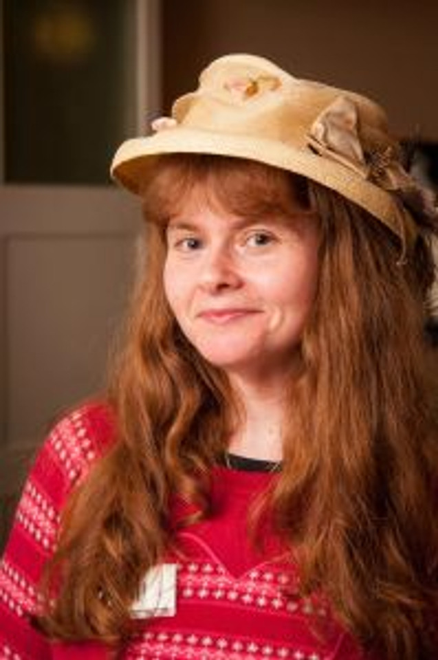 Gill looking wonderful in a very fine hat!