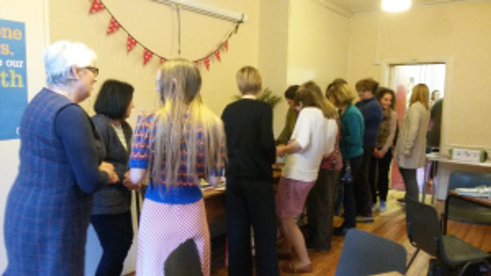 Would you look at that cake queue!