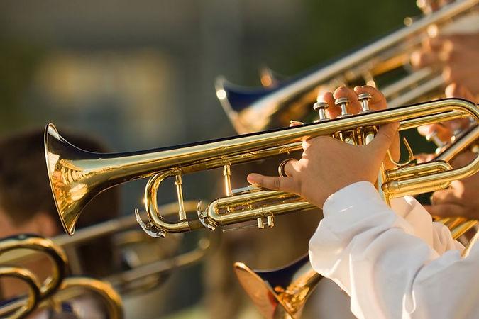 Blasinstrumente_edited.jpg