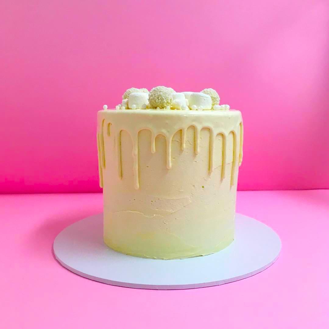 Wedding Ideas Queensland: Celebration Cakes