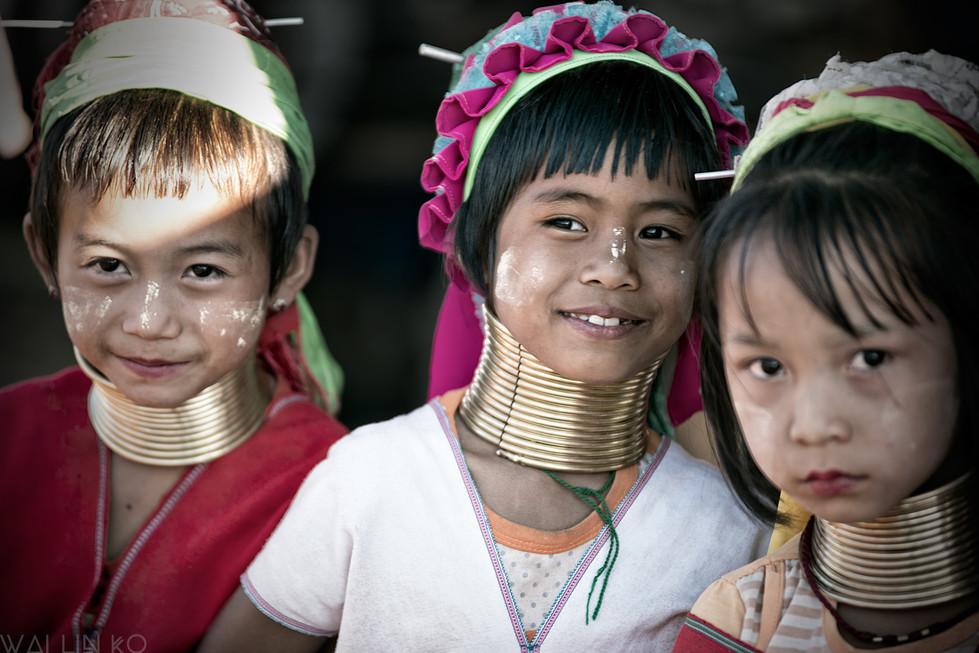 Padaung tribe girls