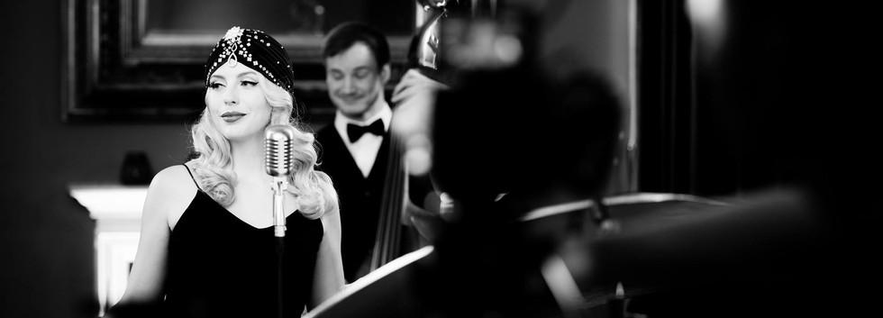 vintage-singer-wedding.jpg