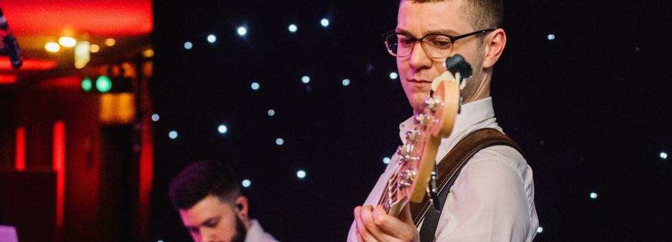 Sinkthebeat-Londonweddingband-18.jpg
