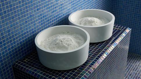 Sol za masažo v parni savni za javno uporabo.