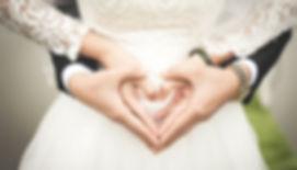 Wedding couple heart pexels-photo-256737