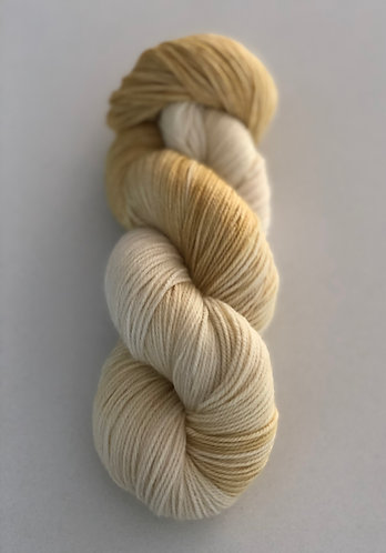 Champagne,Dip dyed Merino, Cashmere and Nylon Sock Weight Yarn