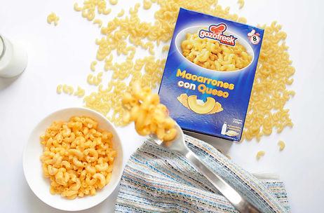 Pasta macarrones con queso.jpg