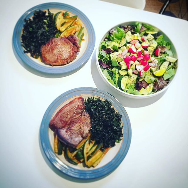 #Dinner....joined by a friend tonight....#steak, courgettes, crispy kale, a huge salad, and a shed l