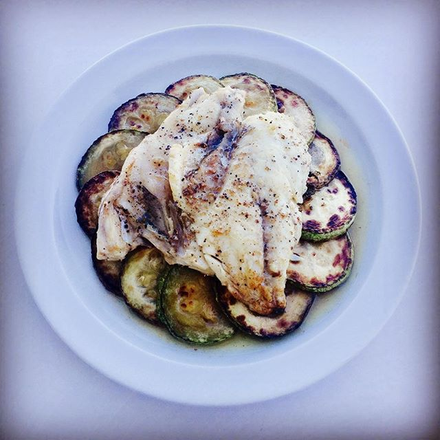 Dining on #dorada again, love it! Sitting on top of some lovely fried courgette (zucchini) 😋 #paleo