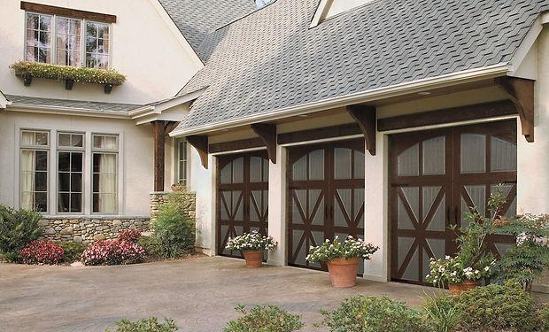 two toned garage door yorktown