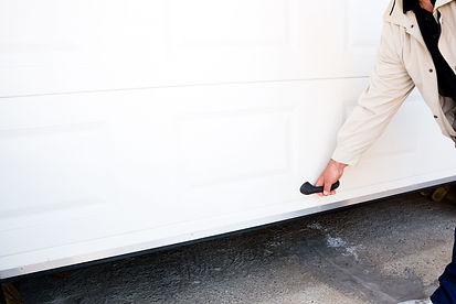 GARAGE DOOR  CABLE REPAIR IN CHESAPEAKE