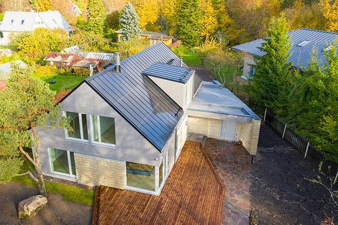 muraste-roofit-solar-metal-roof-1170x780