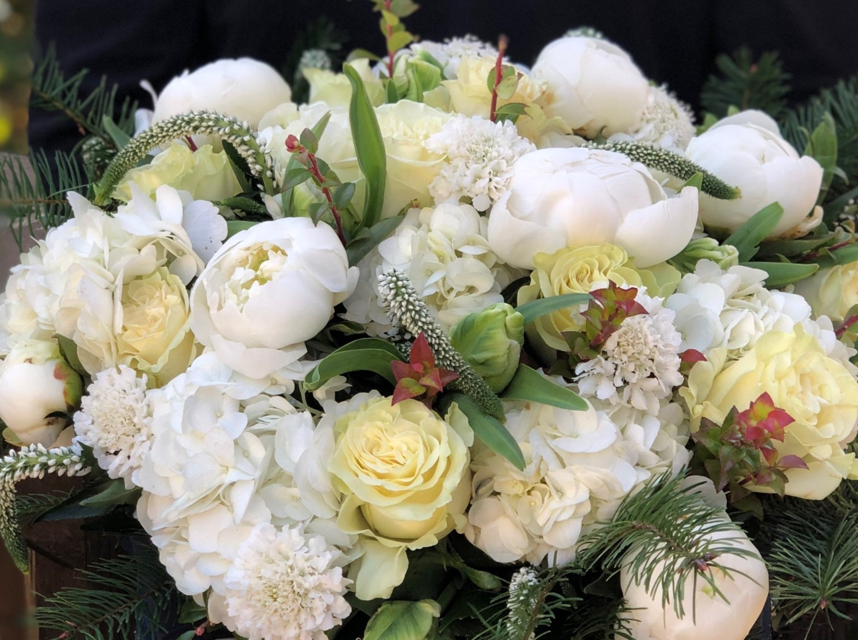 Green and White Arrangement (Pick-up)