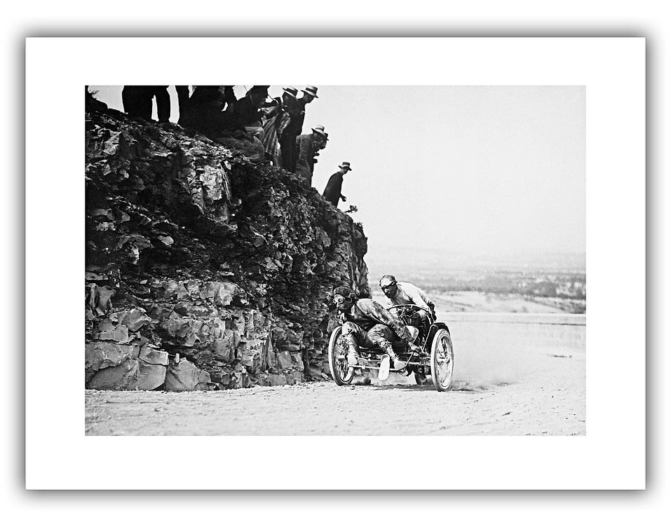 The Pioneers - Mont Ventoux 1907.jpg